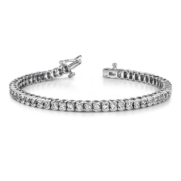 A timeless choice, the semi-bezel set tennis bracelet. Available in many total carat weights and lengths.